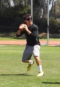 johnny-manziel-throws-blindfolded